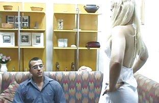 Um homem casado leva uma pila gay vídeo de mulheres lésbicas transando